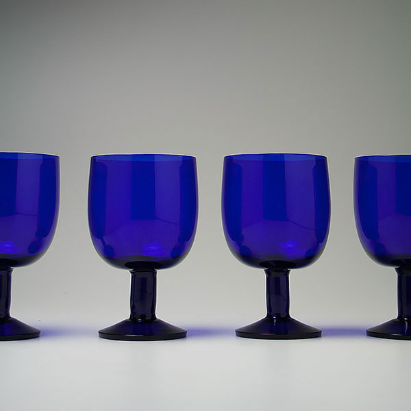 kaj-franck-nuutajarvi-blue-wine-glasses-2